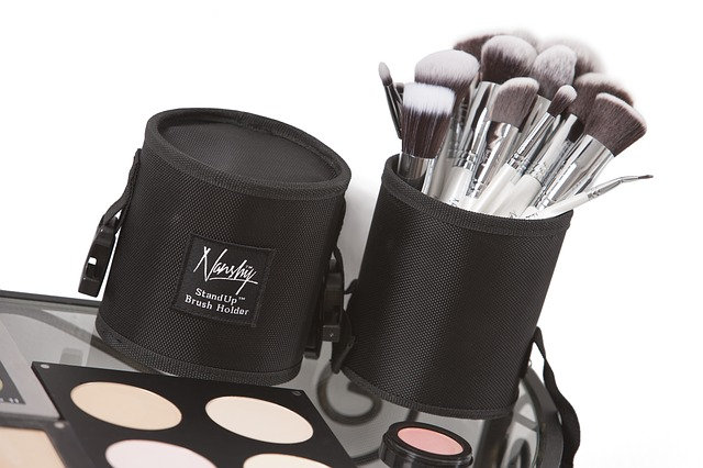 makeup-brushes-824704_640