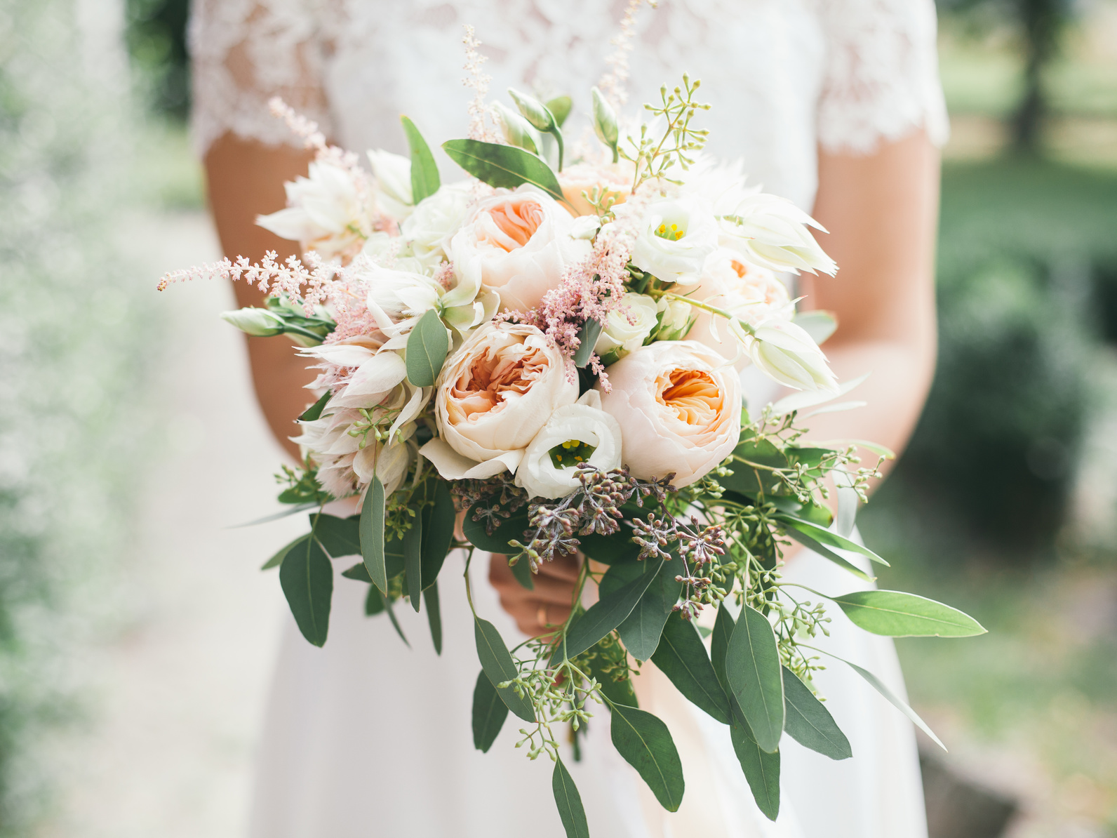 5 creative wedding blog ideas brides will love. Black Bedroom Furniture Sets. Home Design Ideas